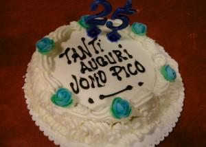 Torta-PICO-300x214 Festeggiando l'Uomo Pico